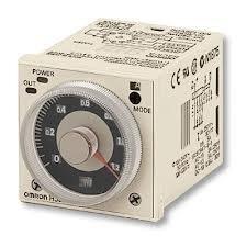 H3CR-A AC24-48/DC12-48 előlapba építhető időzítő 11-lábú csatlakozóval NPN